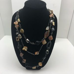 Gorgeous brown and black stones necklace!!!
